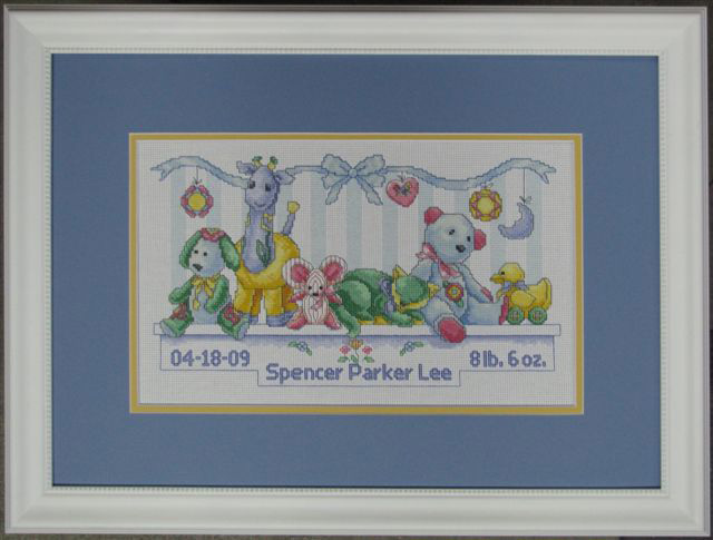 needlework-framed-baby-picture